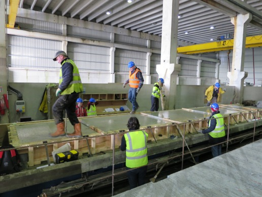 Casting 10m pre-stressed slab made with BFRP and FRSCC